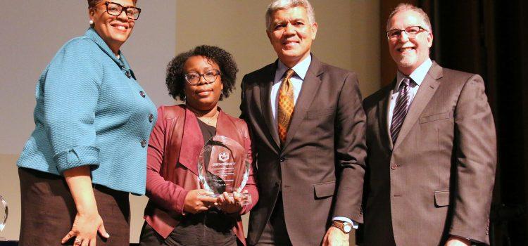 HealthLink Project Lead, Hayley Thompson, Ph.D., wins WSU's Spirit of Community 2017 Faculty Engagement Award